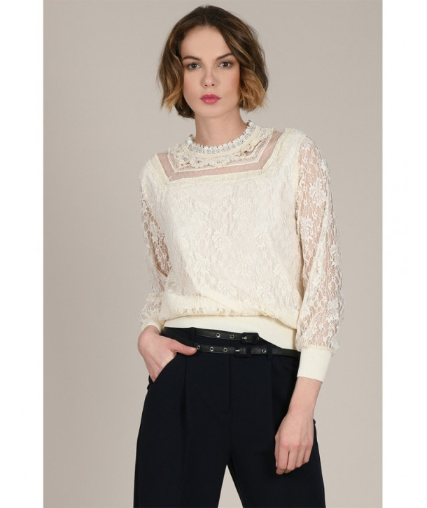 LACE ROMANTIC BLOUSE